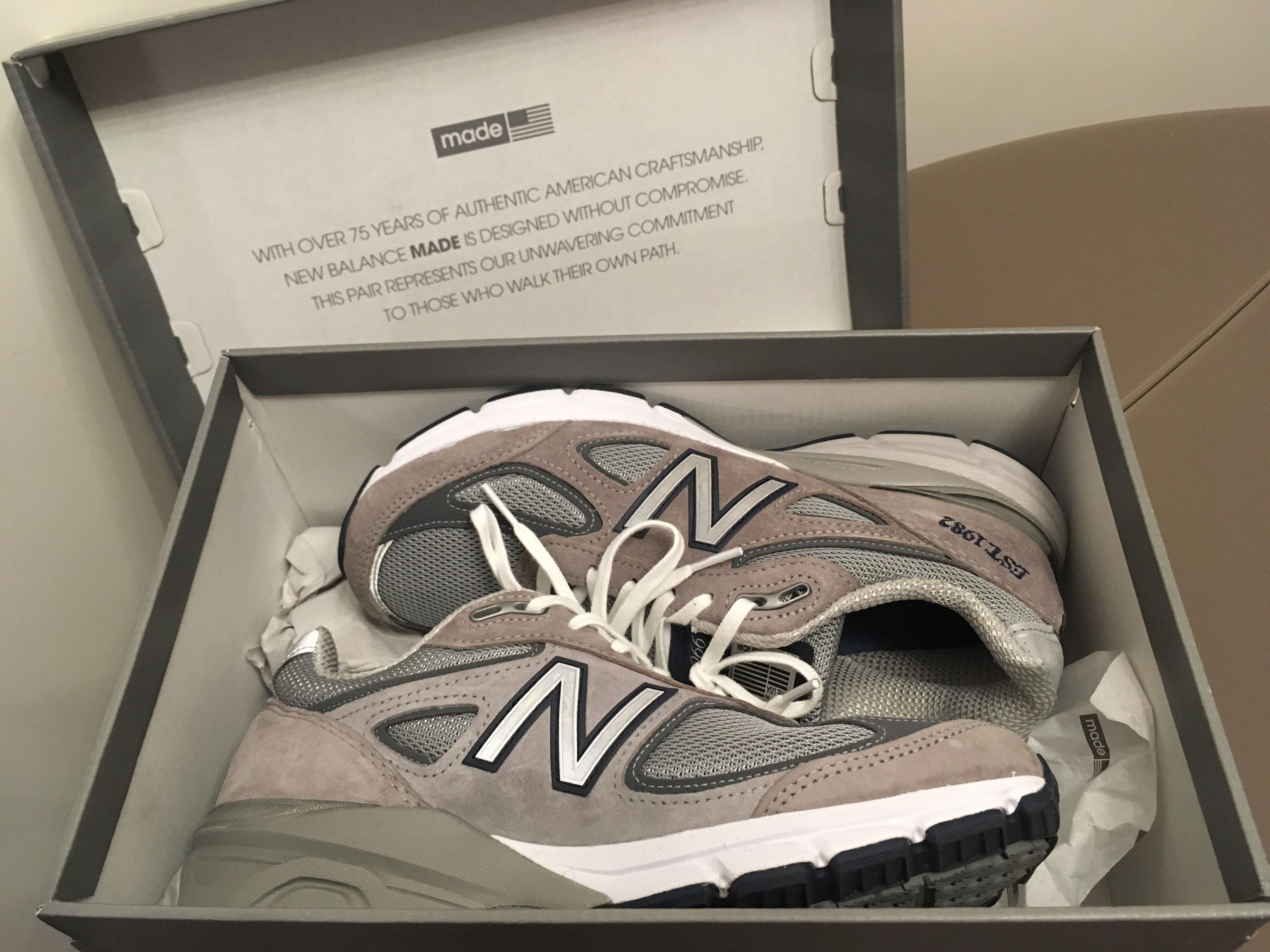 official photos a3b36 aeb77 New Balance 990V4 '1982' edition