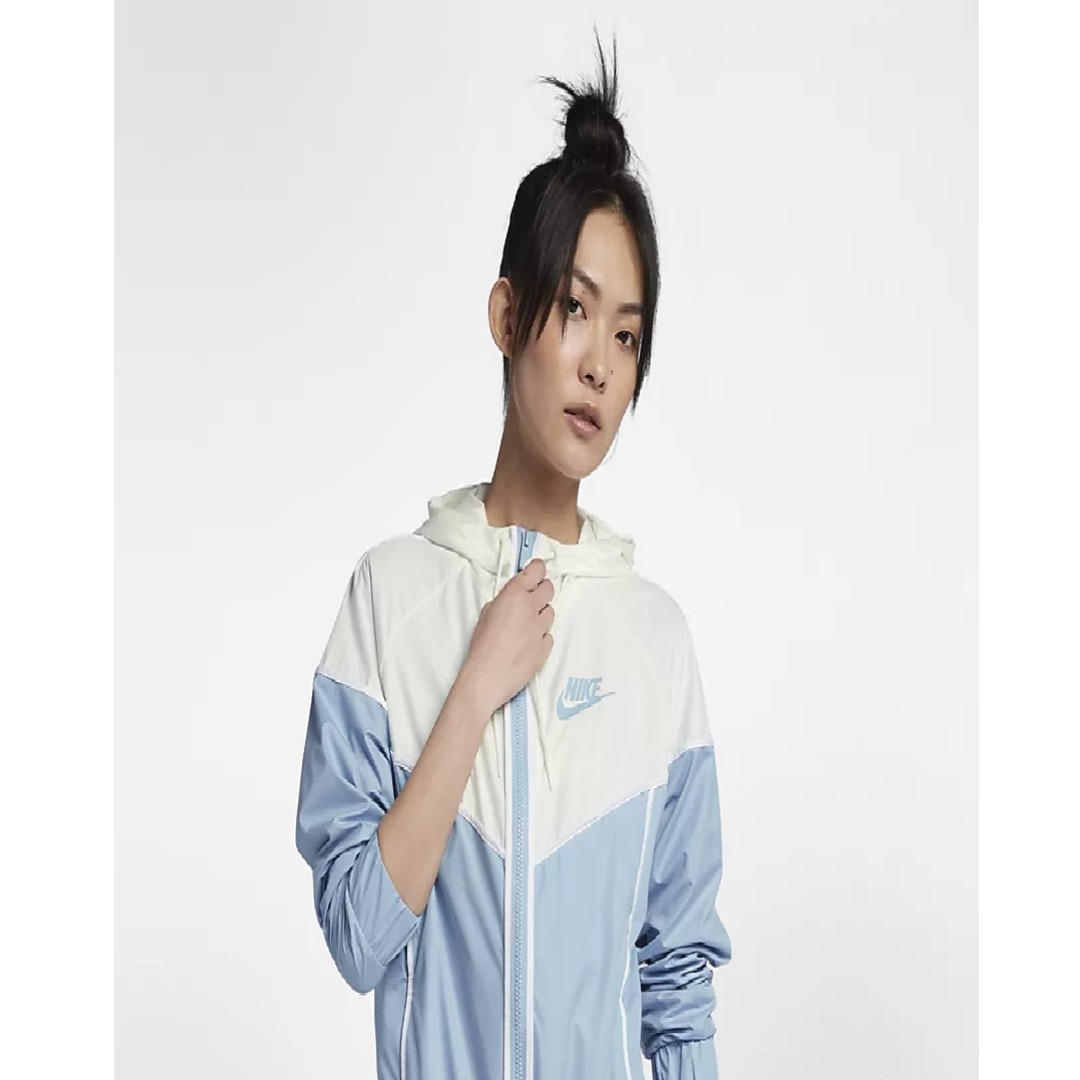 d42851bbab6 Nike Sportswear Windrunner Women's Jacket(Leche Blue/Sail/White ...