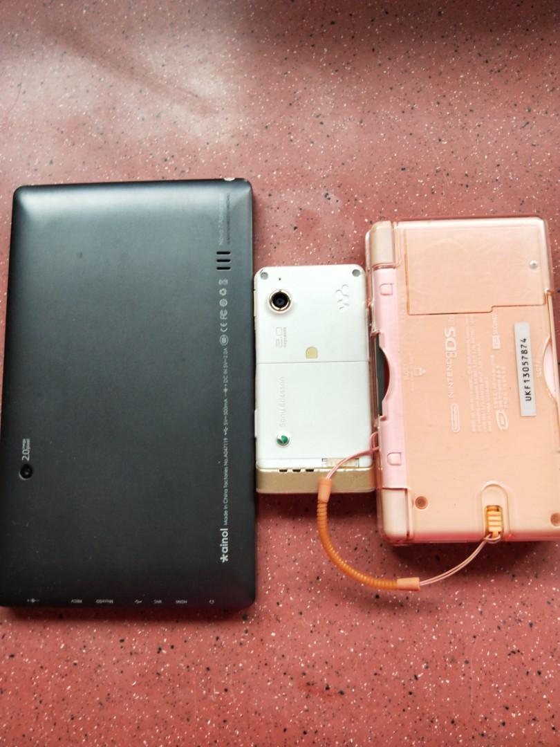 Nintendo DS Sony Erisson Andriod Tablet