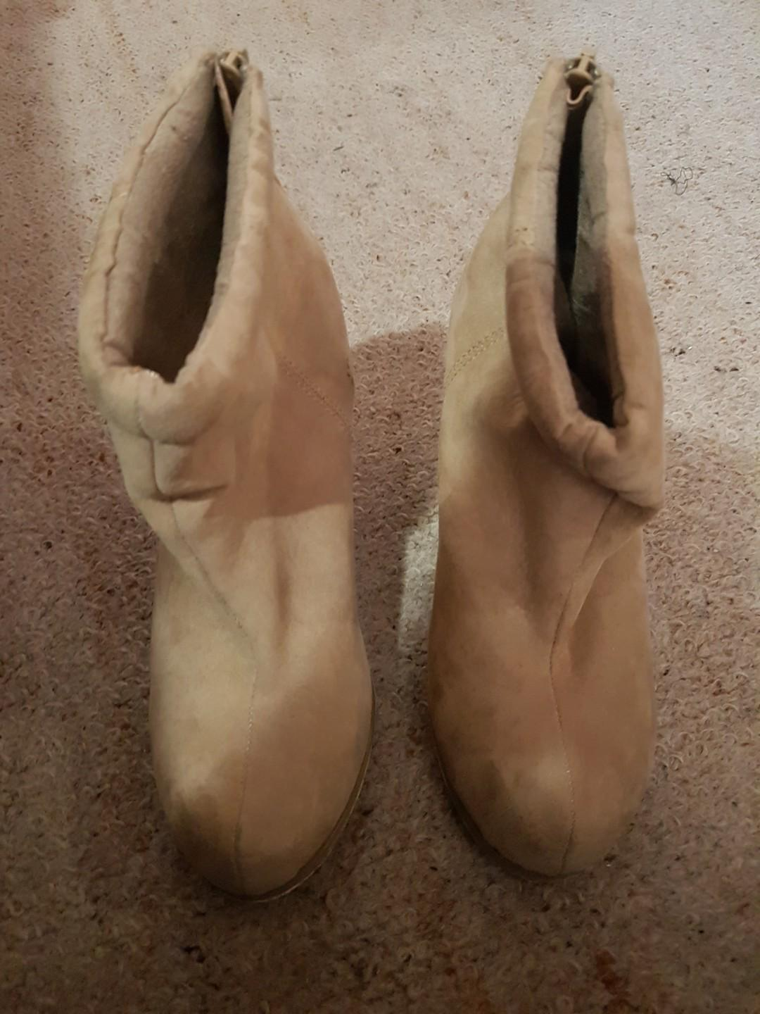 Size 38 boots