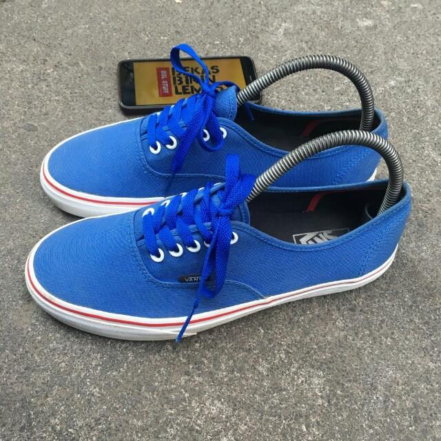 6d29ed2615d Vans authentic port royal blue