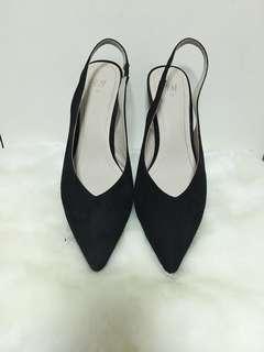 H&M Black Slingback Low heels