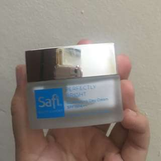 Safi day cream with SPF