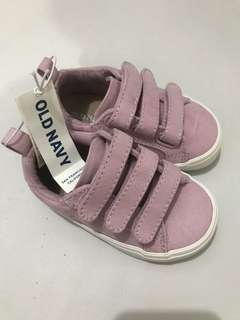 REPRICED BNWT Old Navy Sneaker