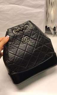 Chanel garbrielle 黑色背包 小號