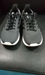 Jual sepatu Adidas Authentic size 42 baru 1 kali pakai like new