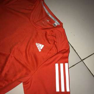 Adidas running long sleeves with thumb hole size S ori