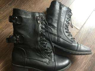 F21 Boots
