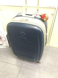 🚚 「二手」montagut行李箱