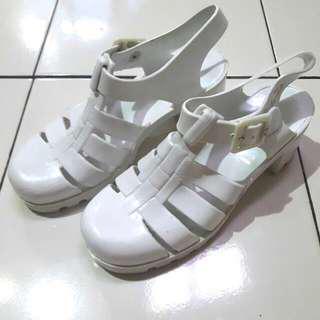(Preloved) Sepatu Juju Jelly Shoes