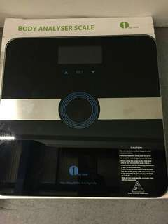 Body analyser scale