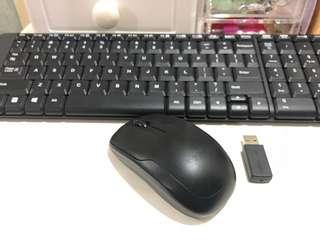 Set wireless Keyboard and Mouse combo MK220. Jual Rugi!!