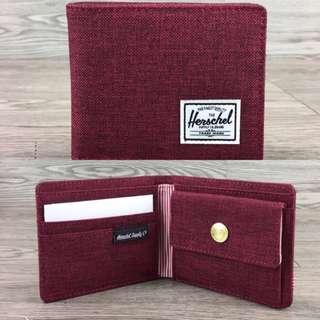 Herschel 銀包洒紅色硬幣位$250