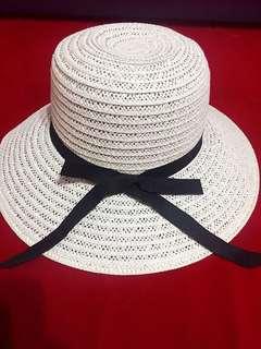 🚚 遮陽草帽