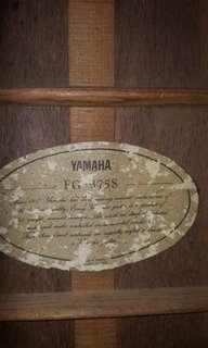 1977 yamaha folk Guitar