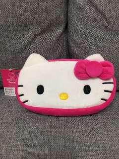 三麗歐正版HELLO KITTY 絨毛方寬筆袋化粧包