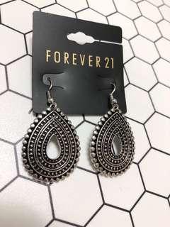 🚚 美國forever 21 復古圖騰水滴造型耳環
