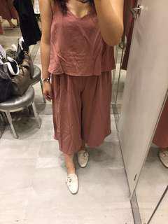 🚚 韓國顯瘦細肩帶連身褲