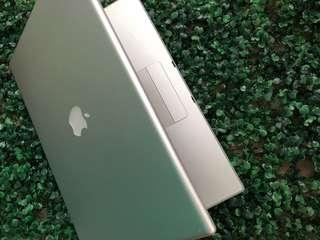 Macbook pro 15inch 2006 model