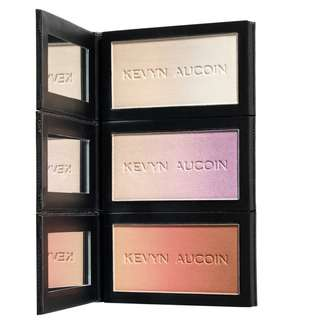 ❤️全新KEVYN AUCOIN  The Neo-Trio Palette 3 x 7g holiday組合 限定盤 蜜粉 偏光 打亮 腮紅 This palette contains: - Neo-Setting Powder - Neo-Limelight highlighter in Ibiza - Neo-Bronzer in Capri  原價58美金,售1500元不含運