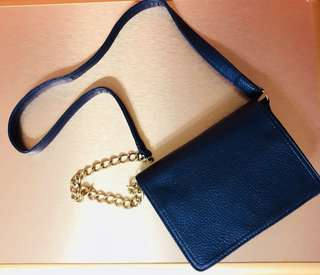 Sophie Martin blue sling bag with gold chain