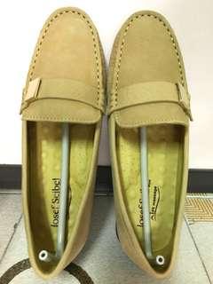 Josef Seibel 黃色猄皮鞋