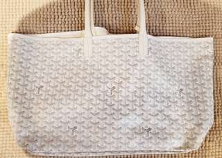 White and grey tote