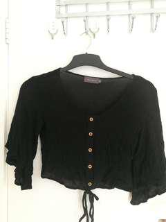 Crop frilly top
