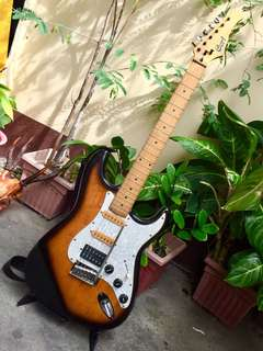 Electric guitar Cort Performer Series Made in Korea (Free Leather Case)