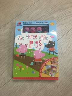 The three little pigs fold out book