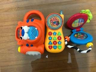 🚚 玩具三件一組(手機 相機 搖搖音樂鈴)