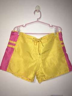 Interchangeable swimming shorts
