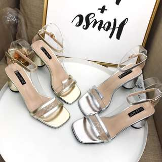 2018 summer transparent word buckle with thick and open toe sandals