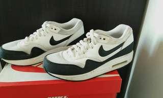 Women Nike Airmax 1 Essential