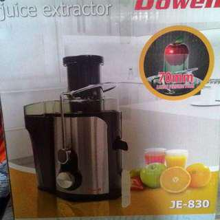 NEW Juice extractor