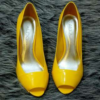 Size6 Aldo Yellow Leather Peeptoe Shoes Worn Once At A Party Excellent As New Condition.