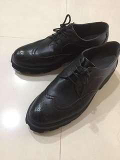 🚚 高跟 增高 休閒 真皮 皮鞋 正式也可穿 43號 九成新 少穿便宜賣
