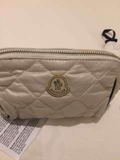 Moncler 全新化妝袋,絕對真品