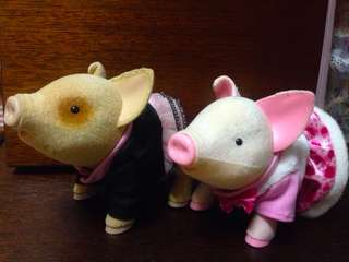 Cute Pair of Talking Pigs set of 2