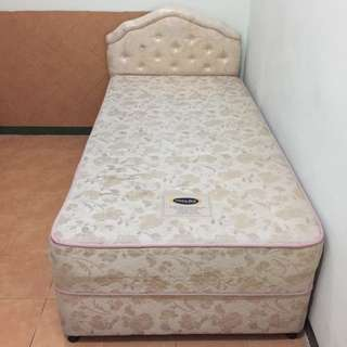Double Springbed