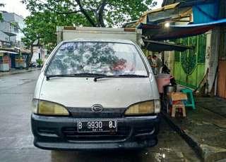 Mobil box Pickup -modified utk foodtruck . sudah ada etalase di dalam