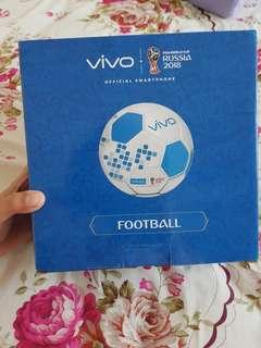 Bola asli piala dunia dari vivo (sponsor piala dunia) masih baru !