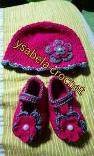 Crochet set hat shoes