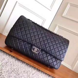 Chanel 香奈兒機場系列大號CF 進口原版牛皮 皮質柔軟厚實 出行旅遊必備 備受時尚博主 網紅追捧 尺寸:46cm28cm14cm