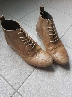 ASOS GENUINE LEATHER BOOTS UK6 FITS US7.5-8