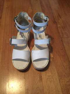 White sandal wedges size 9