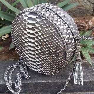 Tas kulit ular asli size 20cm