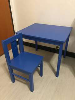 Blue KRITTER Table and Chair Set