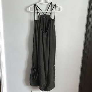 Sleeveless Korean-inspired dress