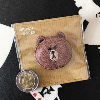 📮包平郵🆕LINE FRIENDS Brown embroidery brooch 刺繡胸針